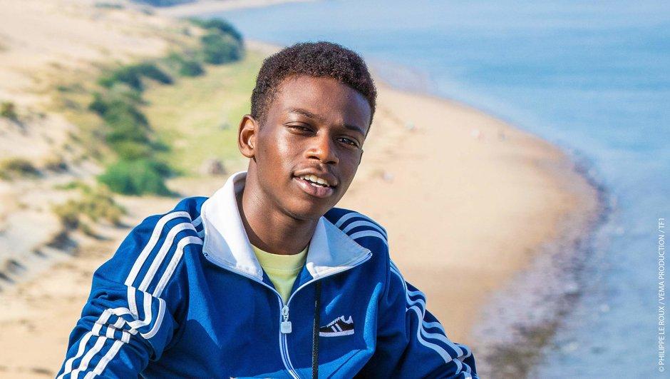 """Danse avec les stars -  Azize Diabaté, le jeune acteur des """"Bracelets rouges"""", rejoint le casting"""