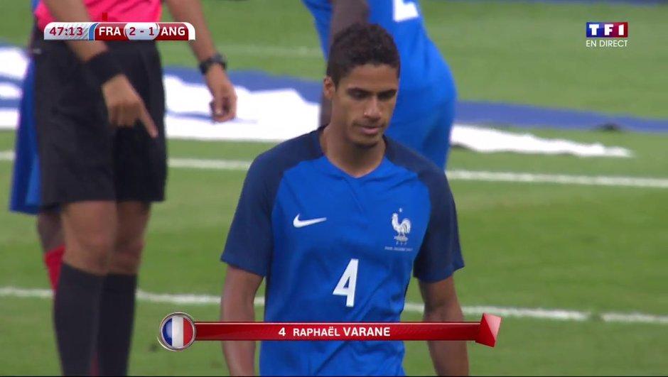 [VIDEO] Le penalty et l'explusion très commentés de Varane