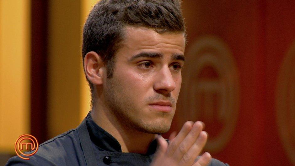 Séquence émotion : larmes et éloge des jurés à Karim