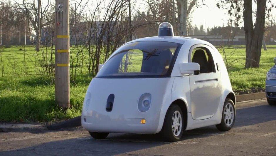 Google : sa voiture autonome autorisée sur routes en Californie