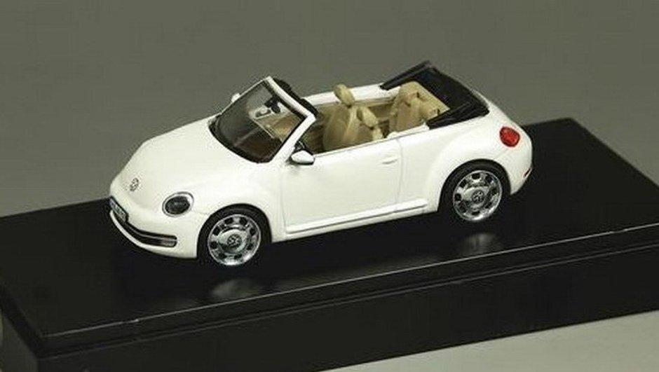 Volkswagen Coccinelle Cabriolet 2012 : révélée par une miniature ?