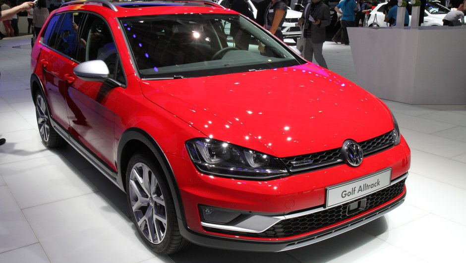Mondial de l'Automobile 2014 : Volkswagen Golf Alltrack joue les baroudeurs