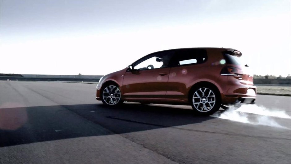 Vidéo : la Volkswagen Golf GTI 35 et les femmes