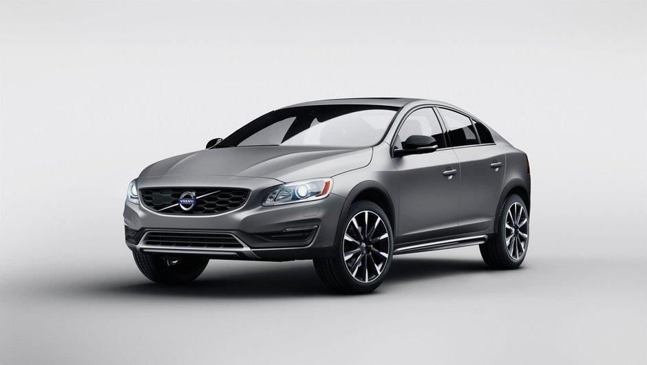 Volvo S60 Cross Country 2015 : un look baroudeur pour la berline suédoise
