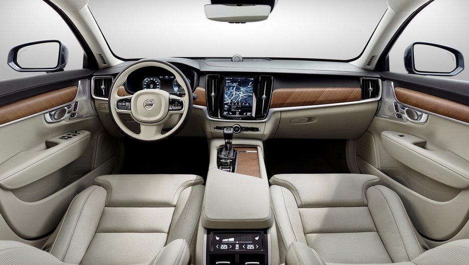 L'intérieur de la Volvo S90 se dévoile en images et en vidéo
