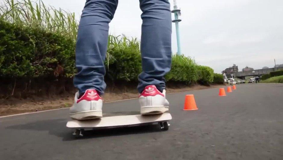 """Insolite: la WalkCar, le nouveau """"skateboard"""" électrique japonais!"""