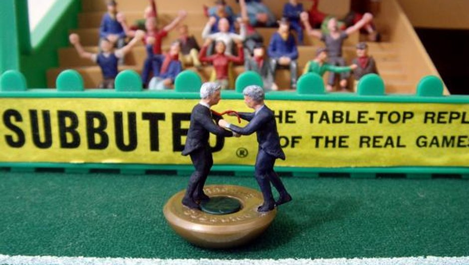 Arsène Wenger vs José Mourinho : l'altercation qui agite les réseaux sociaux !