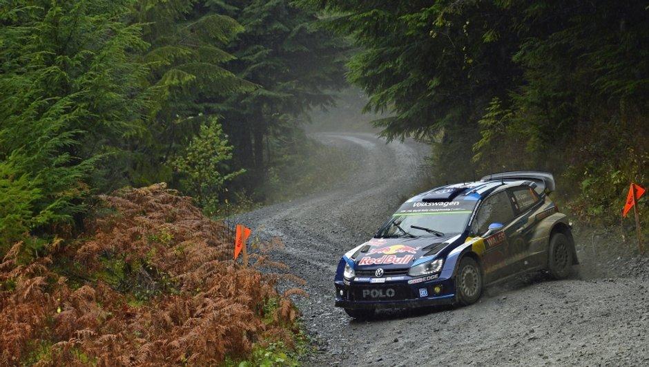 Rallye WRC de Grande-Bretagne 2015 : Ogier fait course en tête après l'ES15