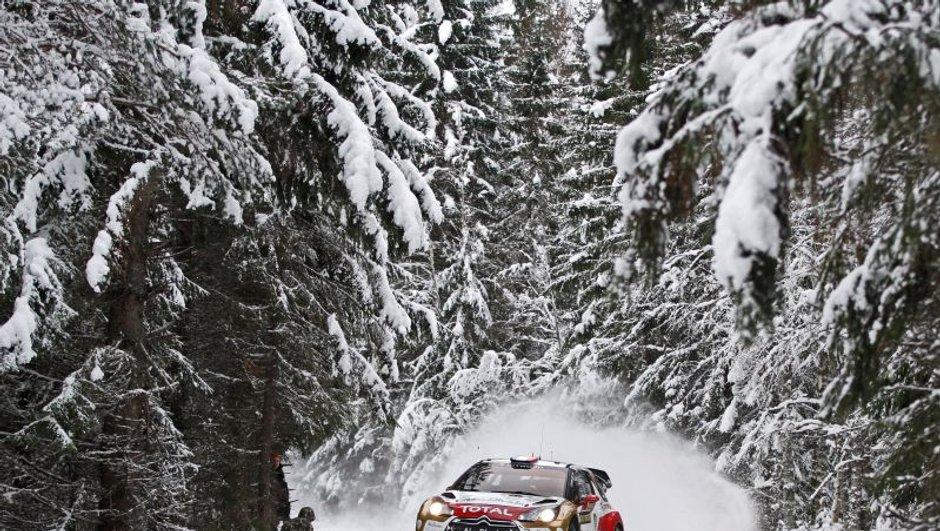 WRC - Rallye Suède 2013 : Loeb met la pression sur Ogier