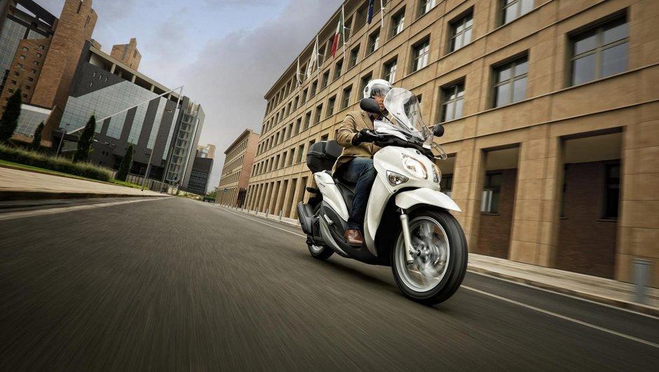 yamaha-xender-2012-nouveau-125-cm3-a-grandes-roues-2977753
