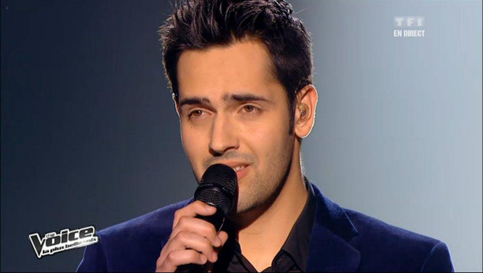 """The Voice: Yoann Fréget bouleversant avec """"Vole"""" de Céline Dion"""