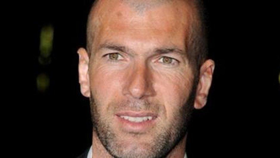 """Alévêque : Zidane est """"un pitre et un clown"""""""