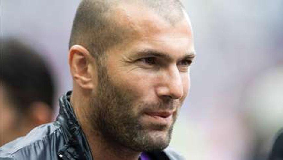 Zidane rend hommage à Ronaldo